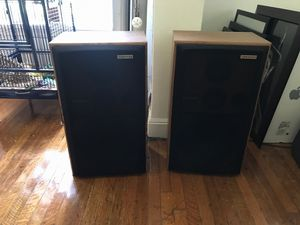 Pioneer brand floor speakers-free speaker wire for Sale in Salt Lake City, UT