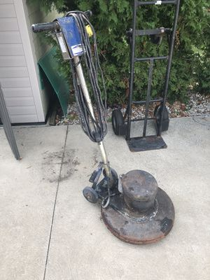 Single disc for cleaning and scrabing for Sale in North Royalton, OH