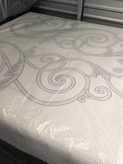 Serta Perfect Sleeper Mattress for Sale in Kirkland,  WA