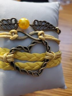 Yellow Heart Bracelet for Sale in Wenatchee,  WA