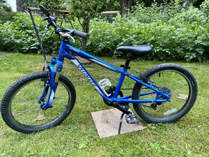 "Specialized 20"" kids bike 6 speed - pending sale for Sale in Auburn, WA"