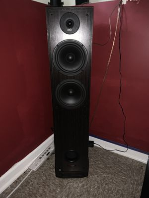 POLK AUDIO TOWER SPEAKERS for Sale in Tinley Park, IL