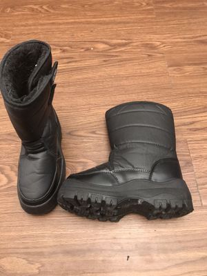 Kids snow boots for Sale in Las Vegas, NV