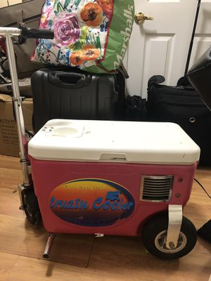 Drink and drive cruising cooler. Buy for $180.00 or trade for something of same value. for Sale in San Diego, CA