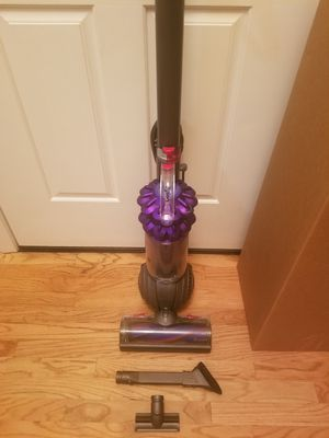 NEW cond Dyson Animal BIG BALL vacuum with complete attachments, Amazing POWER suction, in the BOX, WORKS EXCELLENT, for Sale in Auburn, WA