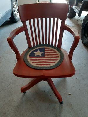 Old Antique Rolling Desk Chair for Sale in Halifax, PA