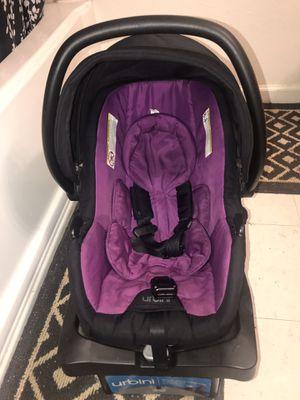 Car seat urbini morado , vigente.. vence 2022 for Sale in Brawley, CA