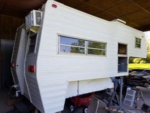 RV pickup camper slide in for Sale in Downers Grove, IL