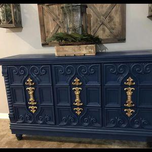 Unique Dresser Or Buffet Excellent Condition $500 64 L 38 H 20 D for Sale in Deltona, FL
