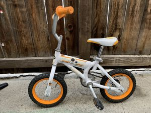 HUFFY Star Wars BB-8 kid's bike for Sale in North Hollywood, CA