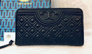 Black Leather TORY BURCH Wallet ~ $75 for Sale in Manassas, VA
