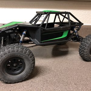 Axial Capra 1/10 Rc Crawler for Sale in Wilsonville, OR