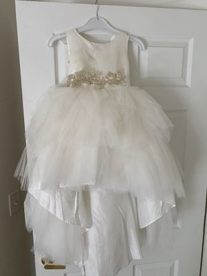 ❤️❤️❤️BEAUTIFUL FLOWER GIRL OR COMMUNION DRESS SIZE 6❤️❤️❤️❤️ for Sale in Henderson, NV