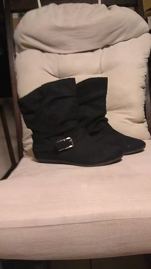 Girls black boots. for Sale in Greenacres, FL