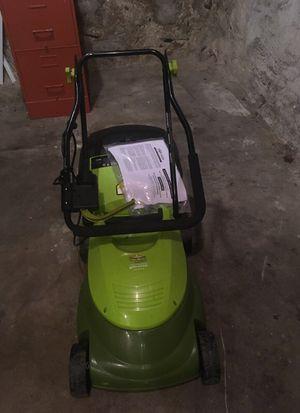 Small lawn mower for Sale in Philadelphia, PA