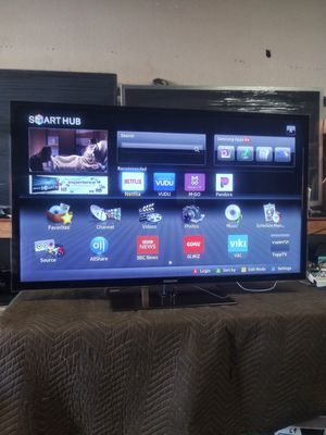 55 inch samsung smart tv esta bien delgadita for Sale in South Gate, CA