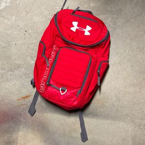 Red under armor backpack for Sale in Edwardsville, IL