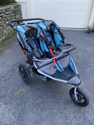 BOB Revolution Flex Duallie Jogging Stroller for Sale in Watertown, CT