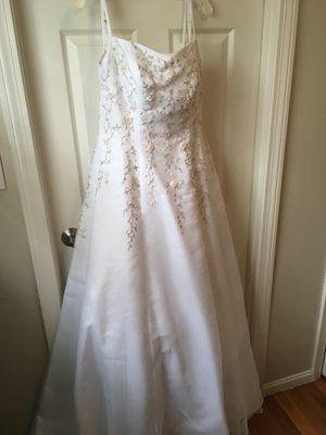 Wedding dress NWT for Sale in Waltham, MA