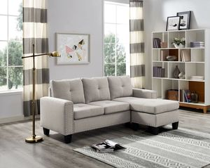LIGHT GREY LINEN LIKE FABRIC SECTIONAL REVERSIBLE CHAISE SOFA COUCH for Sale in Westchester, CA