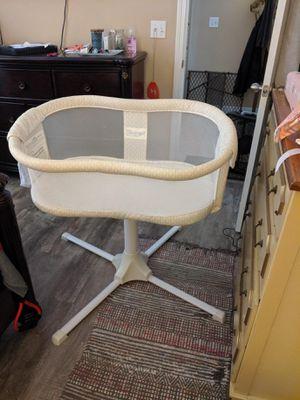 Halo bassinet for Sale in Navarre, FL