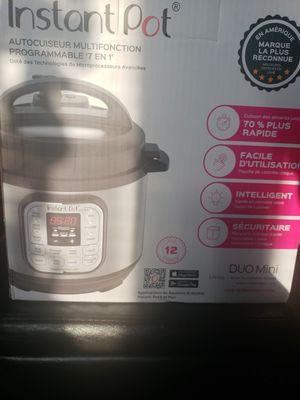 3 quart Instant Pot for Sale in Sheboygan, WI