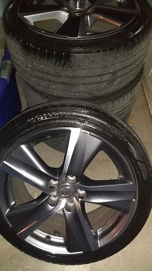 2016 Lexus stock rims with tires for Sale in Fresno, CA
