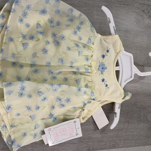 Adorable Brand New W/tags Girls Blue and Yellow W/flowers Dress With Matching Shorts Size 12 Months for Sale in Rancho Cucamonga, CA