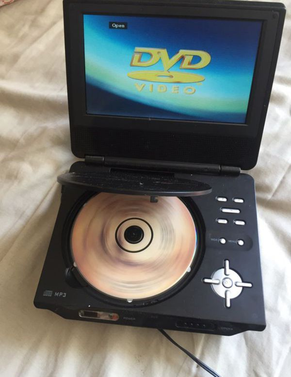 7 Inches Portable DVD Player