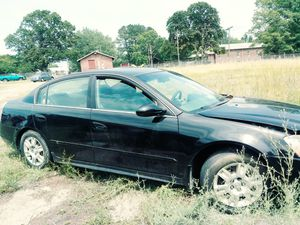 2004 Nissan Altima(parting it out) for Sale in Crewe, VA
