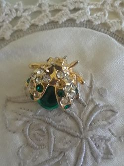 Vintage Brooch for Sale in Miami,  FL