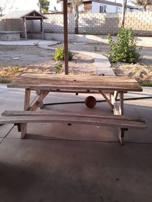 Picnic table for Sale in Fontana, CA