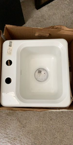Kitchen sink for Sale in Bakersfield, CA