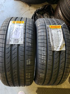 Two 275/35/19 Pirelli Cinturato P7 Runflats New tires bmw DOT 2020 for Sale in Hialeah Gardens, FL