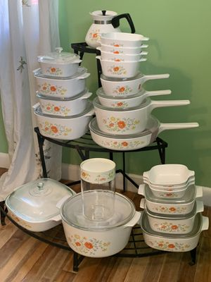 Vintage Corningware 1979 wildflower for Sale in Columbus, OH