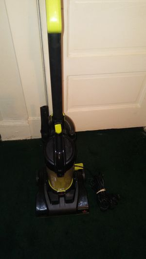 BISSELL POWERFORCE COMPACT CANISTER VACUUM, IN EXCELLENT CONDITION W/ATTACHMENTS. MUST PICK UP PLEASE. THANK YOU! for Sale in Baltimore, MD