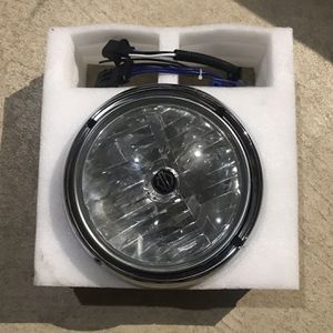 """Harley Davidson Touring 7"""" Headlight for Sale in Bolton, CT"""