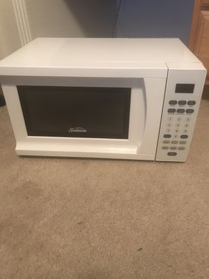 Sunbeam microwave oven for Sale in Austin, TX