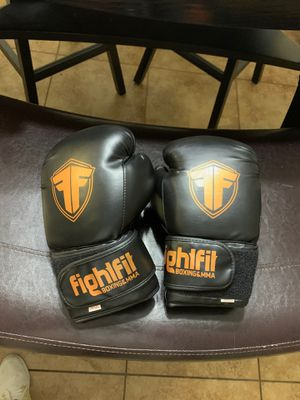 Fightfit boxing gloves like new for Sale in Opa-locka, FL