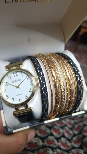 Ladies watch with bangle set for Sale in Springfield, VA