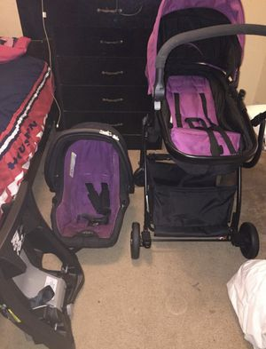 Urbini Baby Stroller And Carseat for Sale in Spring, TX