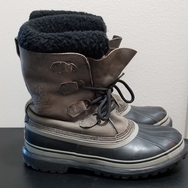 Nice Condition Sorel Caribou Fully Insulated Gray Snowboots Men's 10