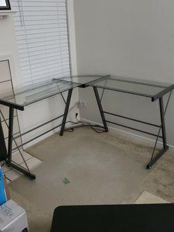 Computer Desk L SHAPED for Sale in Buffalo Grove,  IL