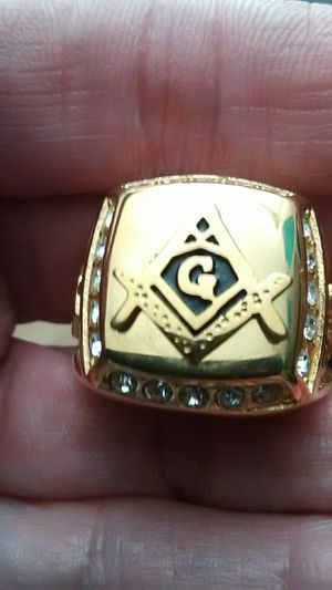 Size 10 Masonic ring 18K gold filled for Sale in Lombard, IL