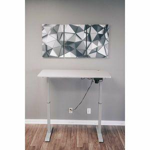 Ergomax Programmable Height Adjustable Standing Desk Gray for Sale in Walnut Creek, CA