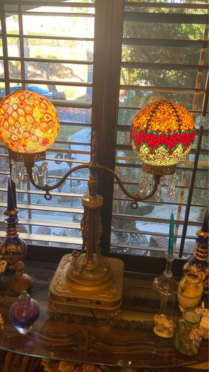 Antique lamp for Sale in San Jacinto, CA