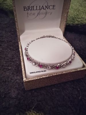 Brilliance fine jewelry for Sale in Mabelvale, AR