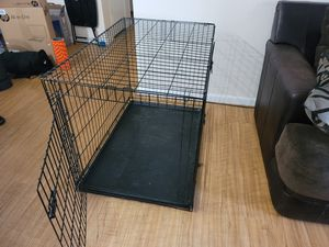 Large 2 door dog crate w/ divider for Sale in San Diego, CA