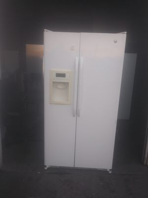 GE white side by side refrigerator 36wide 69tall for Sale in Cerritos, CA