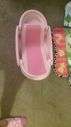 Safety first baby bath, Infantino baby mat, barely used like new for Sale in South Salt Lake, UT